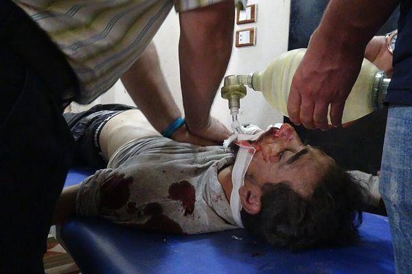 叙利亚政府军空袭伊德利卜一儿童医院 17人死亡