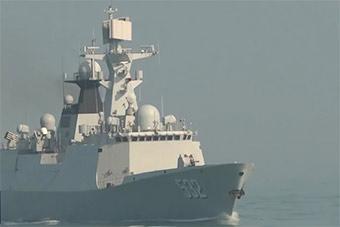 东海舰队4艘军舰训练倾泻火力