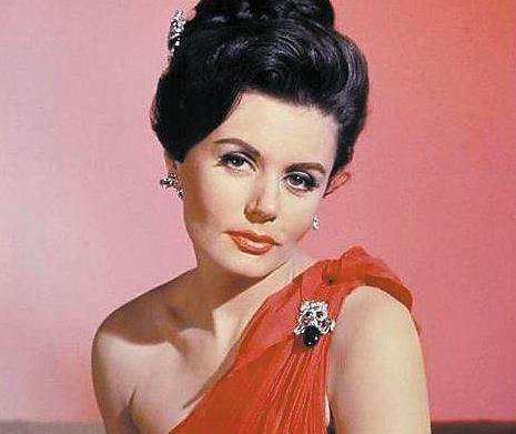 电影史上首位邦女郎扮演者英国去世 享年90岁