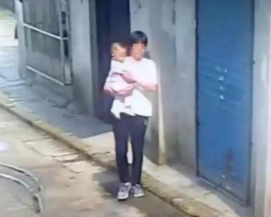 女子堕胎后为维系恋情偷女婴 警方:涉拐骗儿童罪