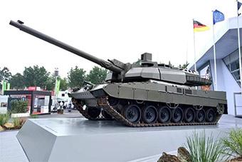 豹2的底盘拼勒克莱尔的炮塔:德法杂交坦克亮相