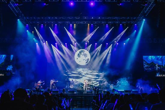 陶喆睽违10年狮城开唱 再现经典回馈新加坡歌迷