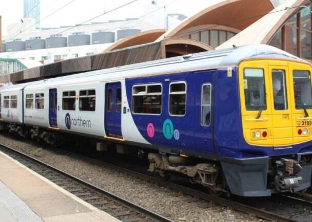英国铁路服务问题多 逾6成受访者希望铁路重新国有化