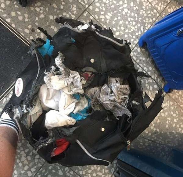 英男子乘飞机行李惨遭破坏 航空公司未作回应