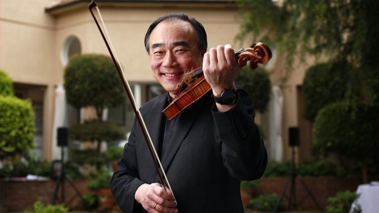 美国华裔小提琴家林昭亮华丽退出夏日音乐节