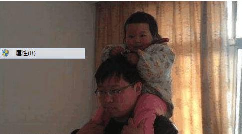 6岁女儿看到爸爸就躲,竟然是怀疑爸爸不要她了
