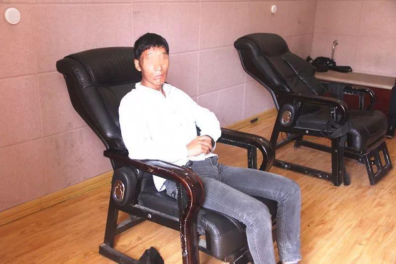 男子上午通过科目4考试 不料晚上酒驾被吊销驾照