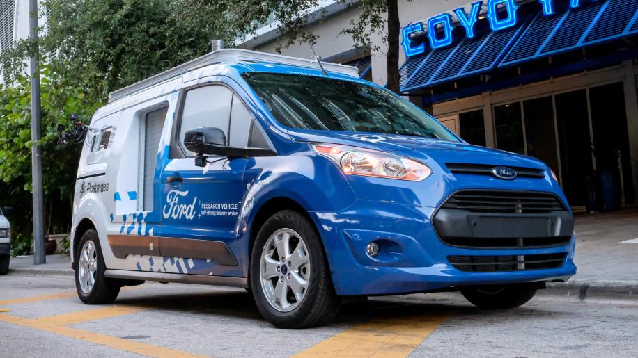 福特将在迈阿密试点自动驾驶送餐车 基于全顺打造