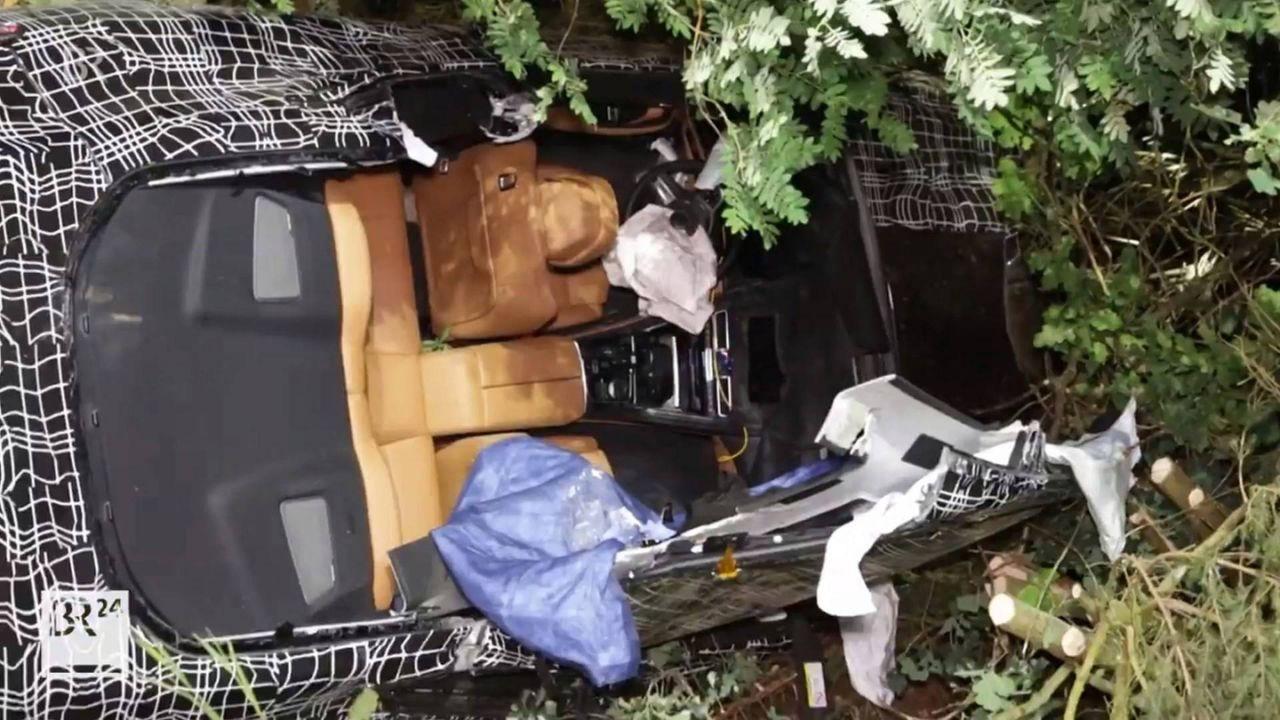 宝马8系原型车在德试驾卷入事故 超速驾驶致人员受伤