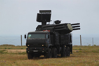 俄展示部署在克里米亚铠甲S1系统可保护S400导弹