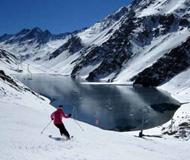 智利Ski Portillo滑雪场 饱览因卡湖美景