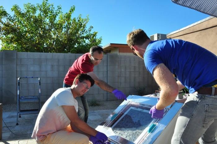 加州科学家研发从沙漠空气中提水新技术