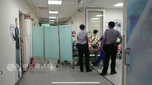 台湾一对夫妇疑争吵后持刀互砍 妻子死亡丈夫重伤