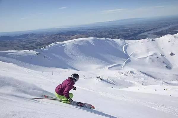 初?#23633;?#38634;友的滑雪天堂 新西兰Mt.Dobson滑雪场