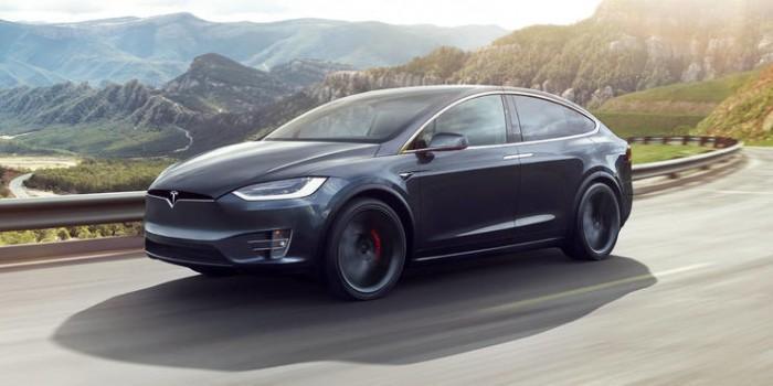马斯克:特斯拉将在8月实现完全自动驾驶功能