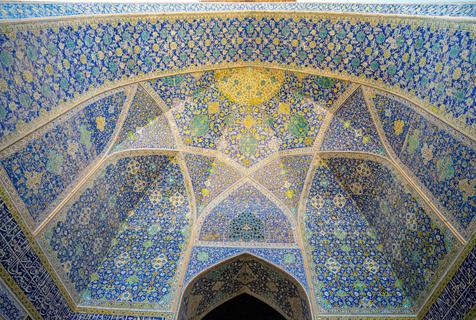 伊朗建筑穹顶斑斓图案令人眼花缭乱