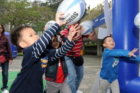 香港幼儿园加强家长教育 官方制定3个范畴8个主题
