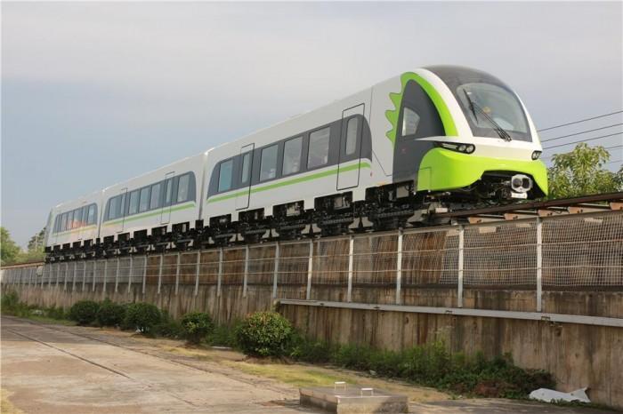 设计时速160公里 2.0版商用磁浮列车下线