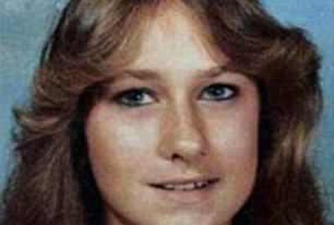 美国71岁老父亲苦寻35年 最终确认杀死女儿凶手