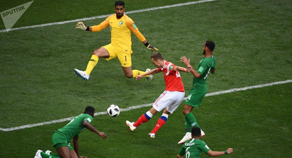 俄媒: 揭幕战0:5惨败俄罗斯 沙特队部分球员将受罚