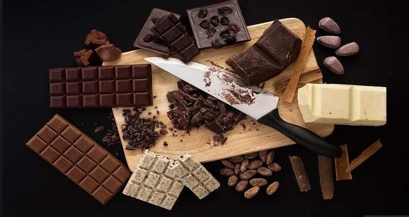 减压消炎增强记忆力 给你一个多吃黑巧克力的理由