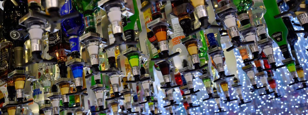 酒精致癌风险高 七成法国人支持禁止酒精产品广告