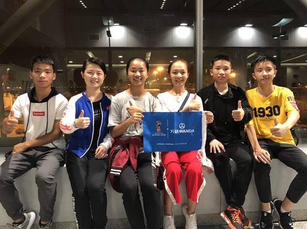 开幕式中国小旗手:6位中国小护旗手亮相世界杯开幕式