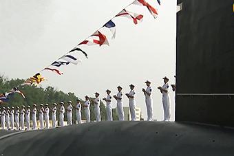 央视曝光海军新型核潜艇 做工十分精致