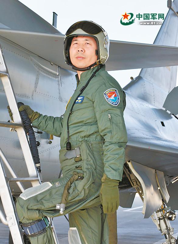 特级飞行员:只有飞过临界点才能摸准战机脾性
