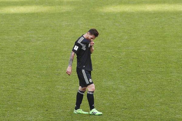 梅西失点 阿根廷1-1战平冰岛!