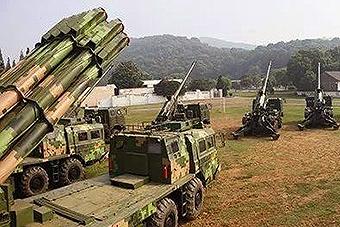 解放军155mm卡车炮罕见曝光