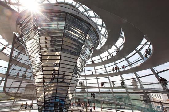 传奇建筑低碳改造:节能减排 更加美观