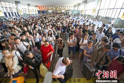 端午假期铁路客流高位运行 今日预计发送旅客1000万人次