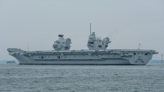 英国取消安排特朗普参观航母:甲板没战机 太尴尬