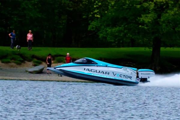 捷豹再破世界纪录 V20E快艇成世界上速度最快