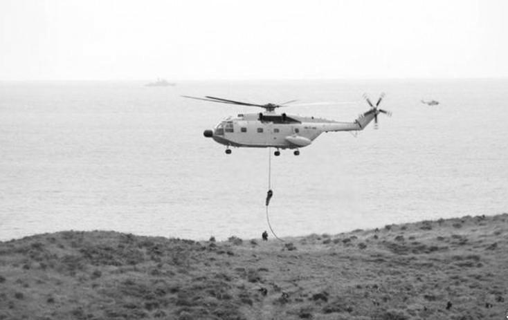 中国新型直8直升机曝光?专家:或部署两栖攻击舰