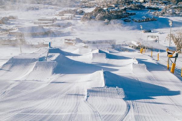 世界顶尖公园滑手的乐园 澳大利亚Perisher滑雪场