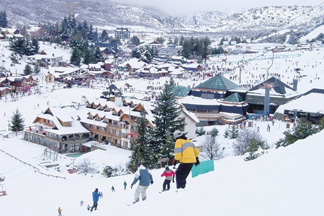 南美最有趣的滑雪胜地 特德拉尔滑雪场