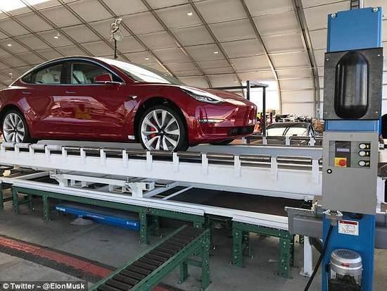 Model 3生产目标难达到 马斯克称特斯拉需彻底改进