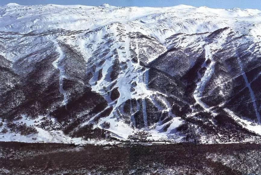 满足全年滑雪愿望 澳大利亚Thredbo雪山