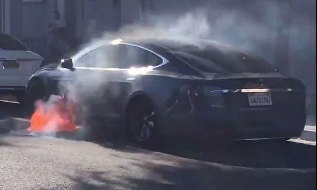 美运输安全委员会派技术专家调查特斯拉Model S起火事故