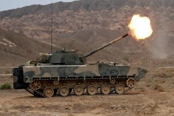 陆军部队喜添新火力!我军自行迫榴炮实弹射击