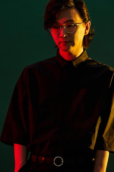 林隆璇曝光写真 诠释艺术与音乐的完美结合
