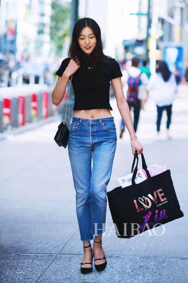 今夏最流行的裤子是?照着刘雯这样穿准没错!