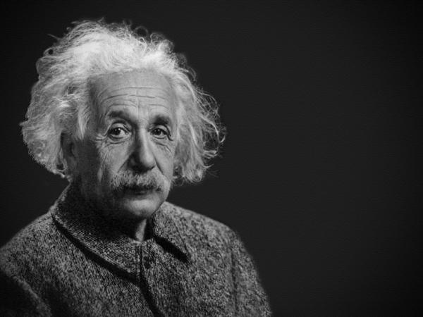 爱因斯坦与妻子订立霸王条款 条件太无情