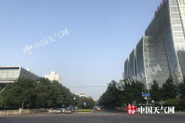 今明天北京晴热暴晒 最高气温将达35℃