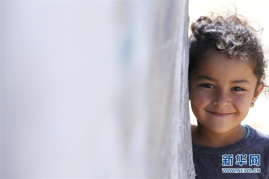 在黎叙利亚难民生活依旧