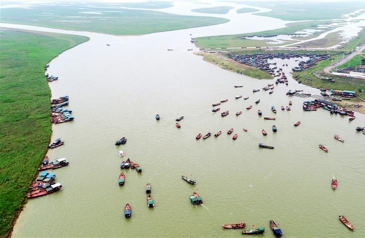 我国最大淡水湖鄱阳湖春季禁渔期结束