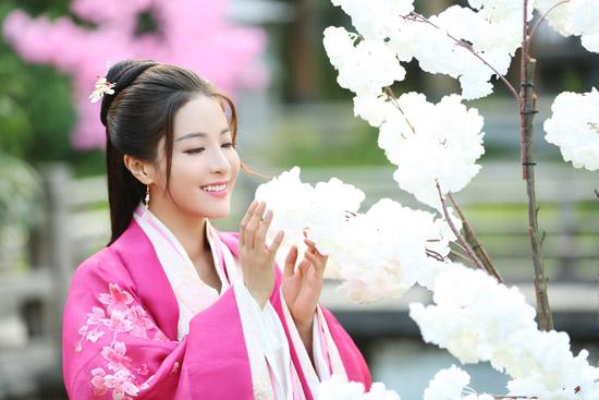 """6月15日,由著名导演杨小波执导的古装励志""""甜辣""""爱情剧《替嫁公主"""