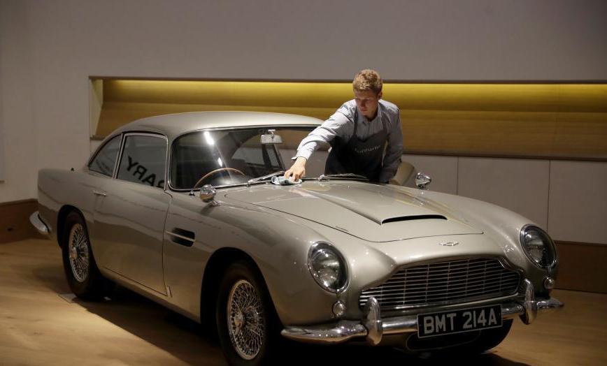 """""""007""""座驾阿斯顿·马丁DB5将在英拍卖"""